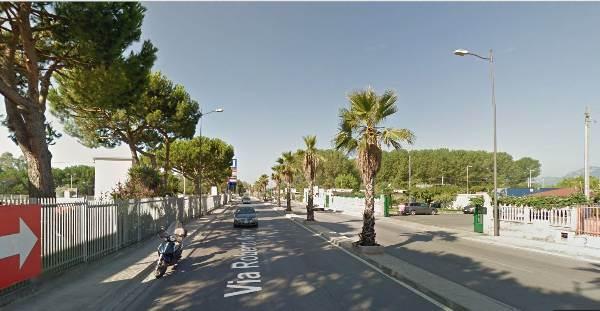Capannone in affitto a Salerno, 6 locali, zona Località: INDUSTRIALE, prezzo € 2.300 | Cambio Casa.it