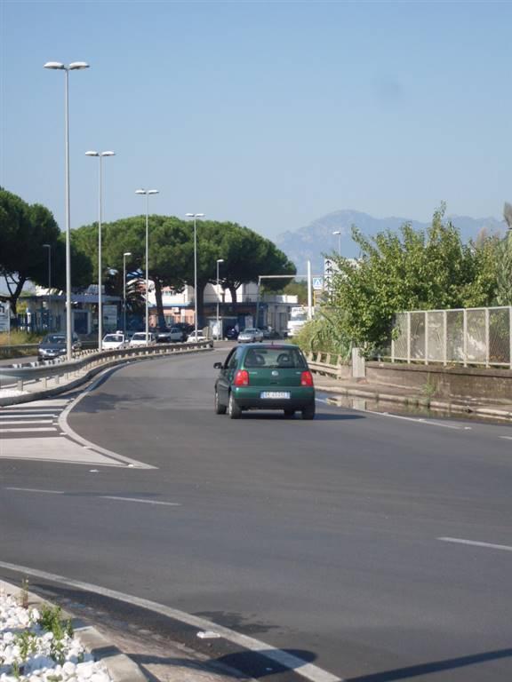 Magazzino in affitto a Salerno, 9999 locali, zona Località: SAN LEONARDO, prezzo € 1.000 | Cambio Casa.it
