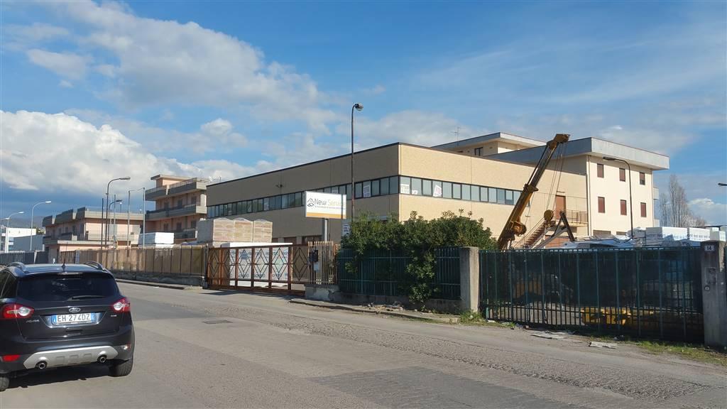Ufficio / Studio in affitto a Salerno, 8 locali, zona Zona: Fuorni, prezzo € 3.000 | Cambio Casa.it