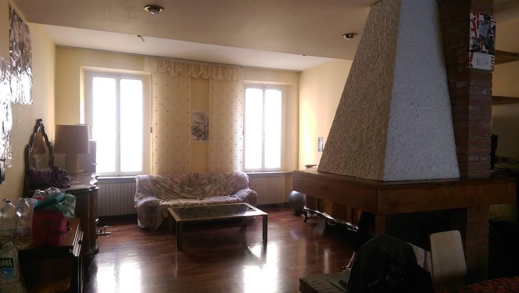 Appartamento in Vicolo San Tiburzio 10, Centro Storico, Parma
