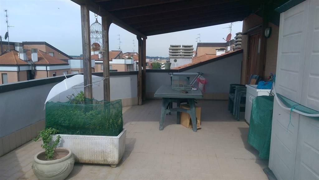 Appartamento in vendita a Torrile, 5 locali, zona Zona: San Polo, prezzo € 175.000 | Cambio Casa.it