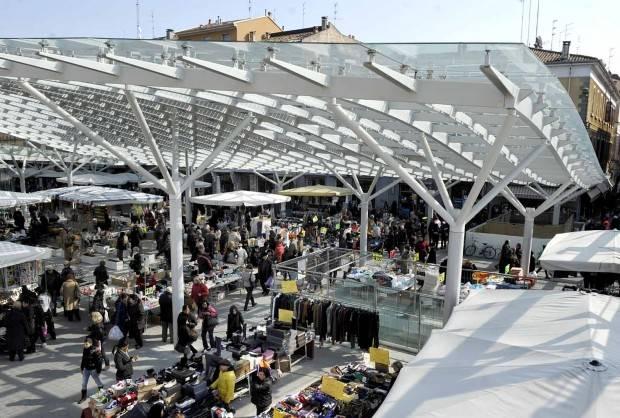 Attività commerciale Bilocale in Vendita a Parma