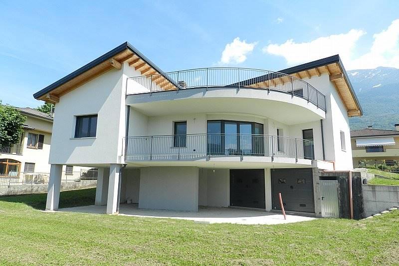 Villa-Villetta Vendita Colico