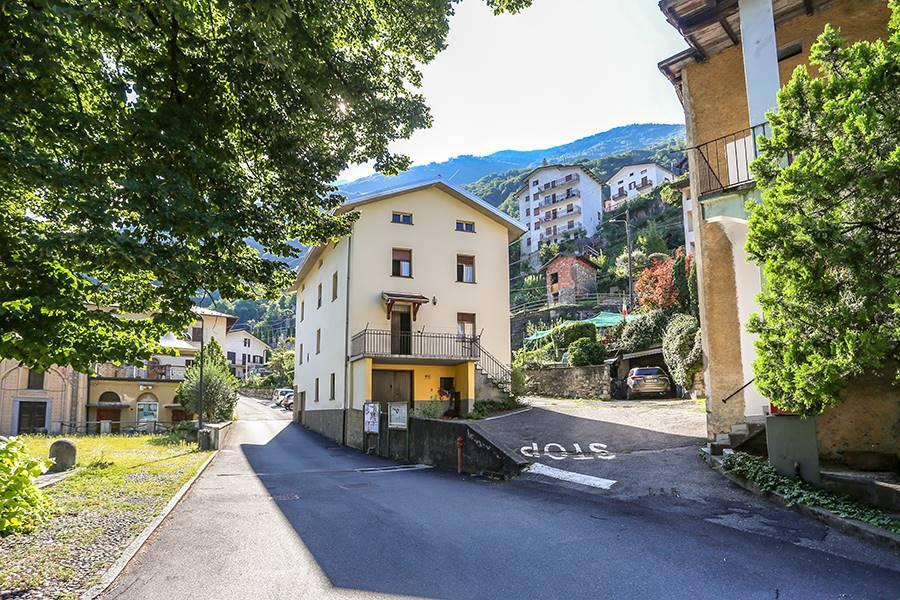 Villa-Villetta Vendita Verceia