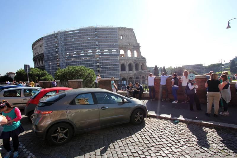 Trilocale in Piazza Del Colosseo, Centro Storico, Roma