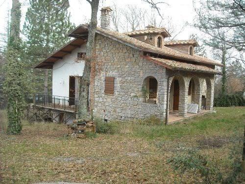 Soluzione Indipendente in vendita a Piegaro, 8 locali, prezzo € 220.000 | Cambio Casa.it
