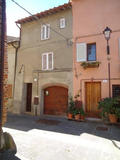 Soluzione Indipendente in vendita a Città della Pieve, 5 locali, Trattative riservate | CambioCasa.it