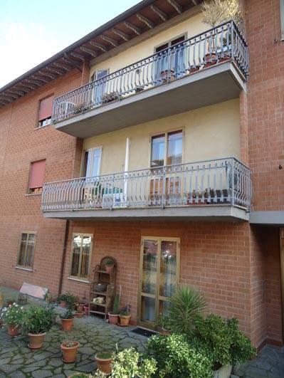 Appartamento in vendita a Città della Pieve, 5 locali, prezzo € 150.000 | CambioCasa.it