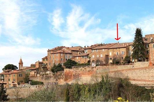 Appartamento in vendita a Città della Pieve, 10 locali, Trattative riservate | CambioCasa.it