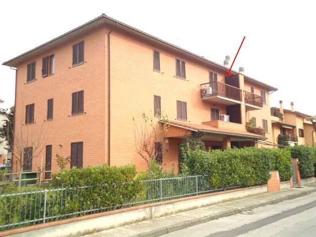 Appartamento in vendita a Città della Pieve, 4 locali, zona Zona: Pò Bandino, prezzo € 120.000 | CambioCasa.it