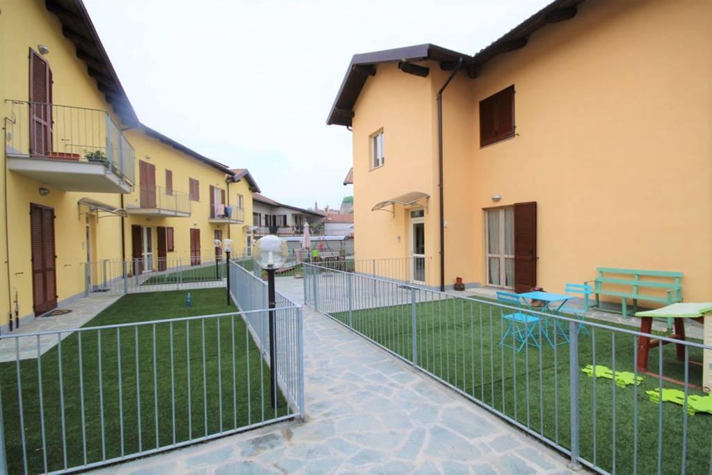 In piccola palazzina di recente costruzione, proponiamo in vendita grazioso bilocale, composto da ingresso su soggiorno con angolo cottura, bagno,