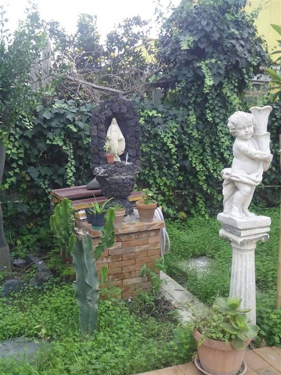 Villa in vendita a Catania, 3 locali, zona Località: VACCARIZZO, prezzo € 60.000 | Cambio Casa.it