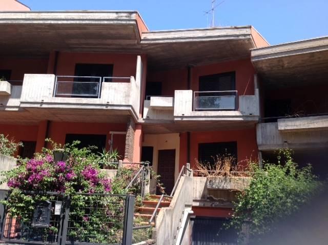 Soluzione Indipendente in Affitto a Aci Catena