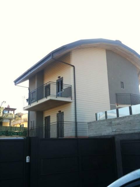 Soluzione Indipendente in affitto a Aci Catena, 5 locali, prezzo € 650 | Cambio Casa.it