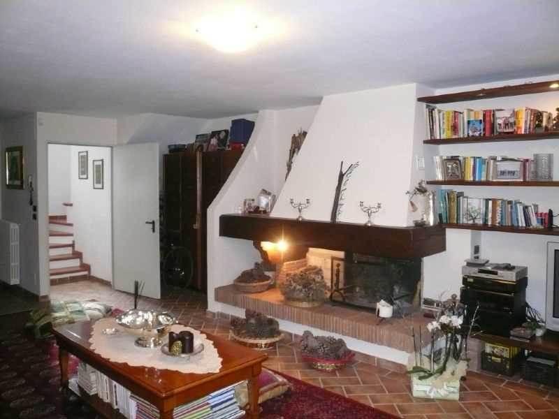 Villa in vendita a Pelago, 5 locali, zona Zona: Carbonile, prezzo € 395.000 | Cambio Casa.it