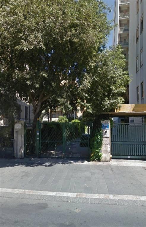 garage-Box-posto auto  in Affitto a Catania