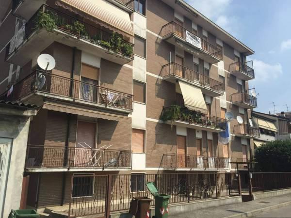Appartamento in vendita a Sant'Angelo Lodigiano, 3 locali, prezzo € 75.000   CambioCasa.it
