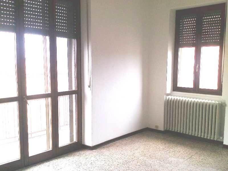 Appartamento in vendita a Sant'Angelo Lodigiano, 3 locali, prezzo € 80.000 | CambioCasa.it