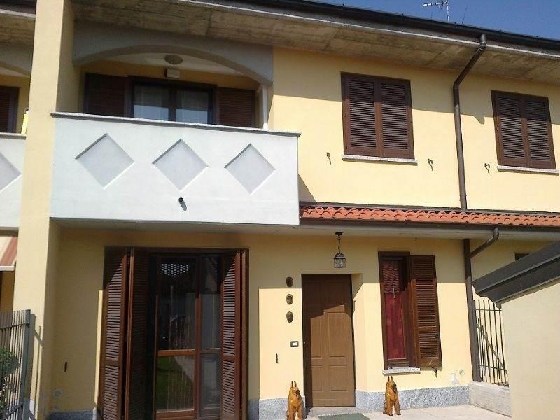 Villa a Schiera in vendita a Gerenzago, 4 locali, prezzo € 165.000 | CambioCasa.it