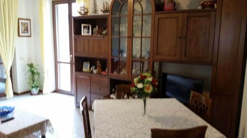 Appartamento in vendita a Sant'Angelo Lodigiano, 3 locali, prezzo € 105.000 | Cambio Casa.it
