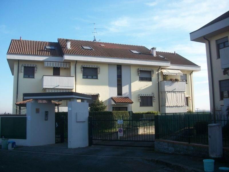 Appartamento in vendita a Sant'Angelo Lodigiano, 2 locali, prezzo € 79.000 | CambioCasa.it