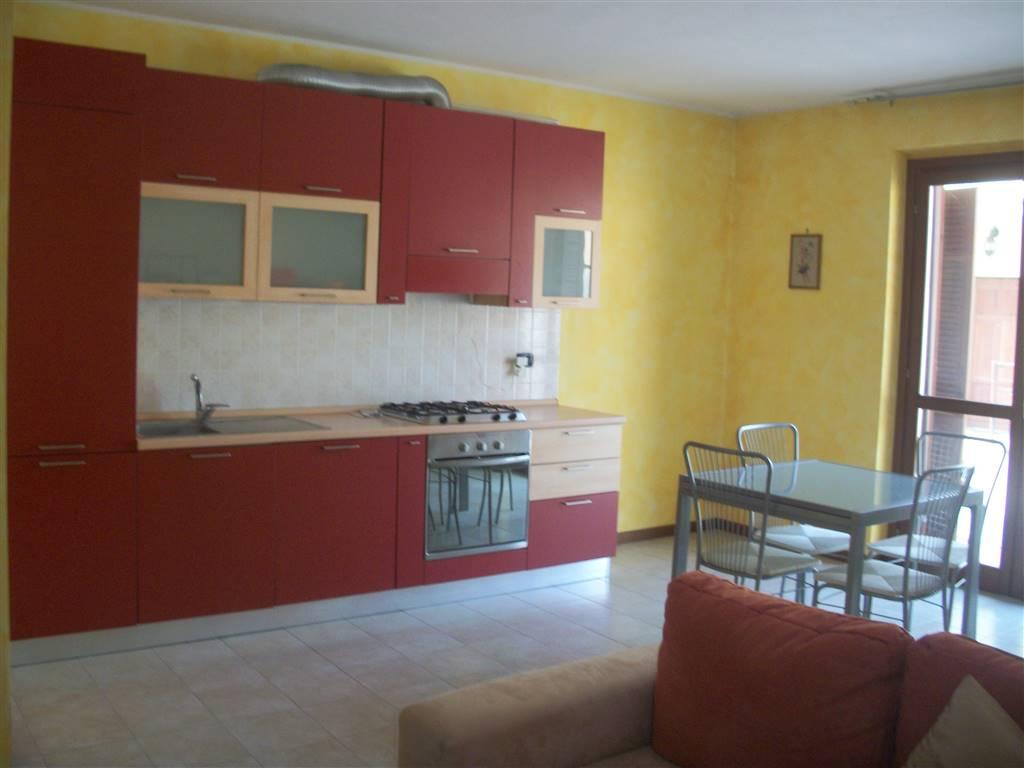 Appartamento in affitto a Sant'Angelo Lodigiano, 3 locali, prezzo € 400 | CambioCasa.it