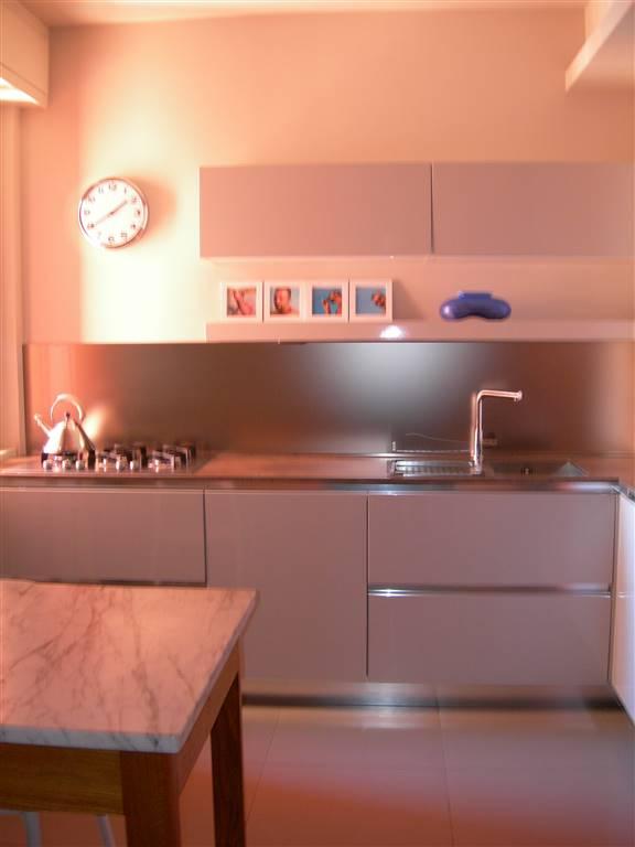Appartamento in vendita a Sant'Angelo Lodigiano, 4 locali, prezzo € 143.000   CambioCasa.it