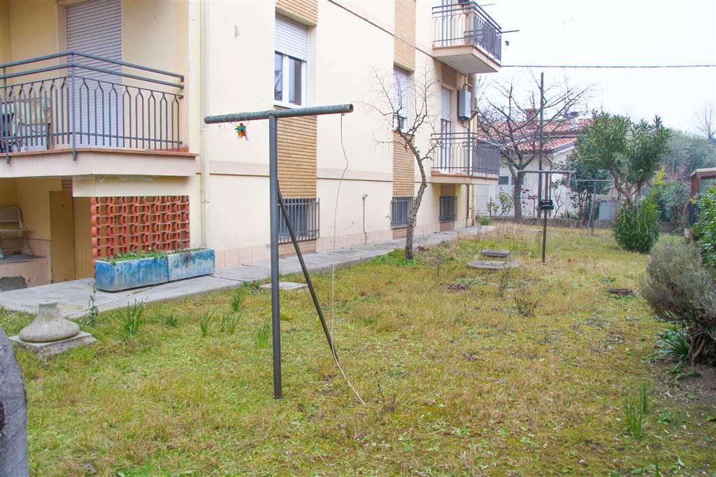 Villa in vendita a Rimini, 20 locali, zona Zona: Miramare, Trattative riservate   Cambio Casa.it