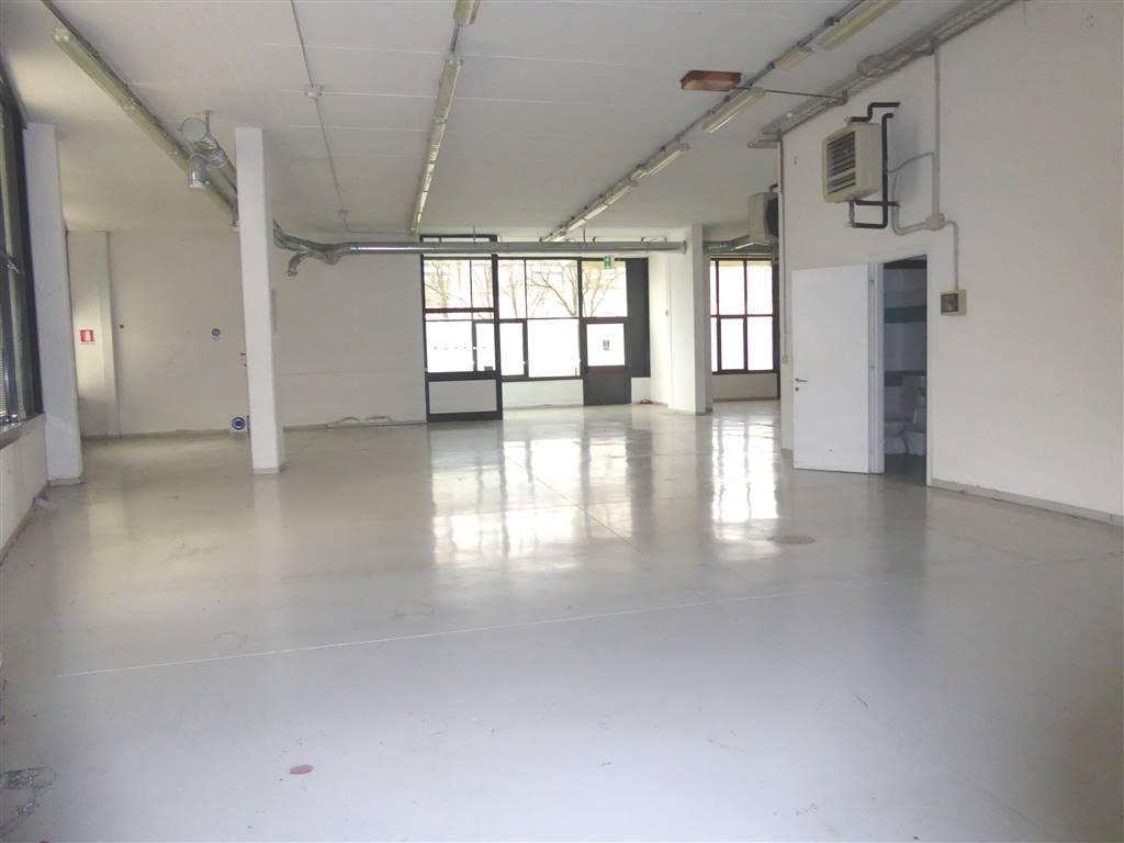 Laboratorio in affitto a Scandicci, 1 locali, zona Zona: Casellina, prezzo € 4.800   Cambio Casa.it