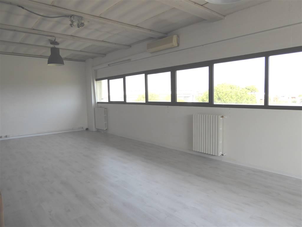 Laboratorio in affitto a Scandicci, 1 locali, zona Località: OLMO, prezzo € 700   Cambio Casa.it