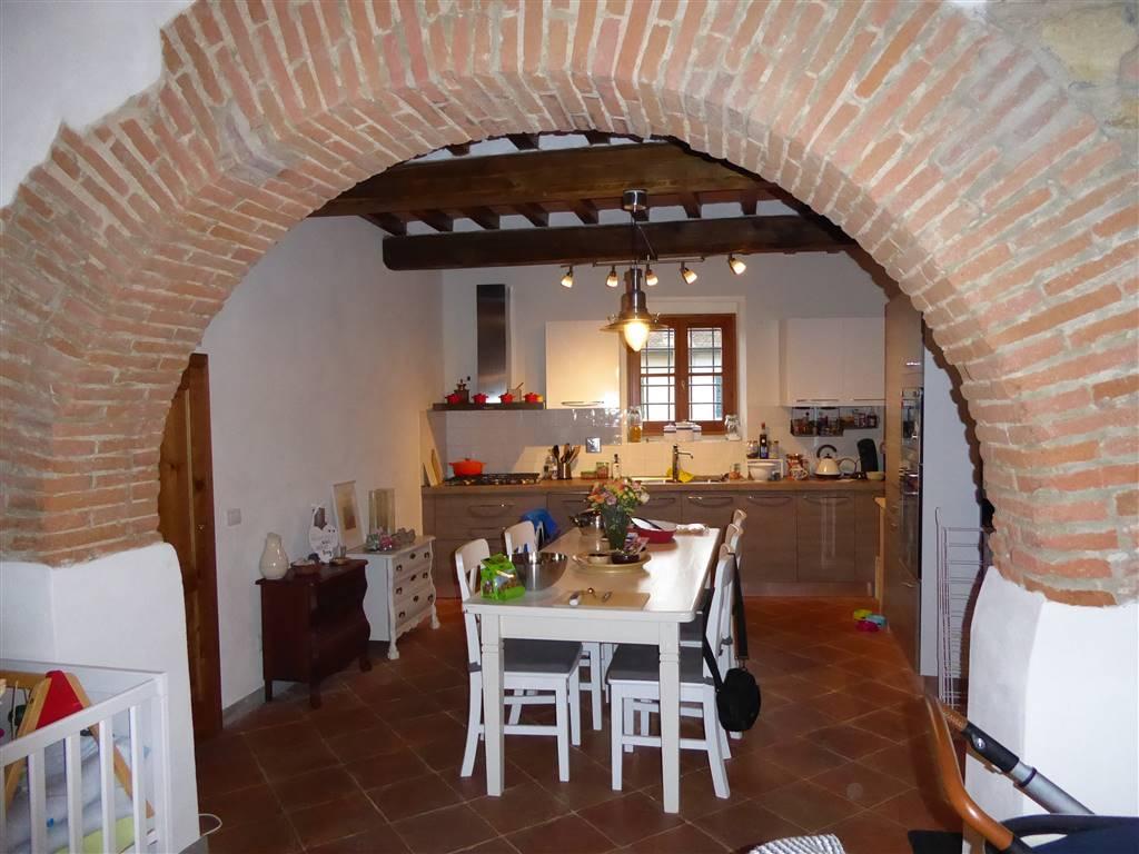 Soluzione Indipendente in affitto a Lastra a Signa, 4 locali, prezzo € 1.000 | Cambio Casa.it