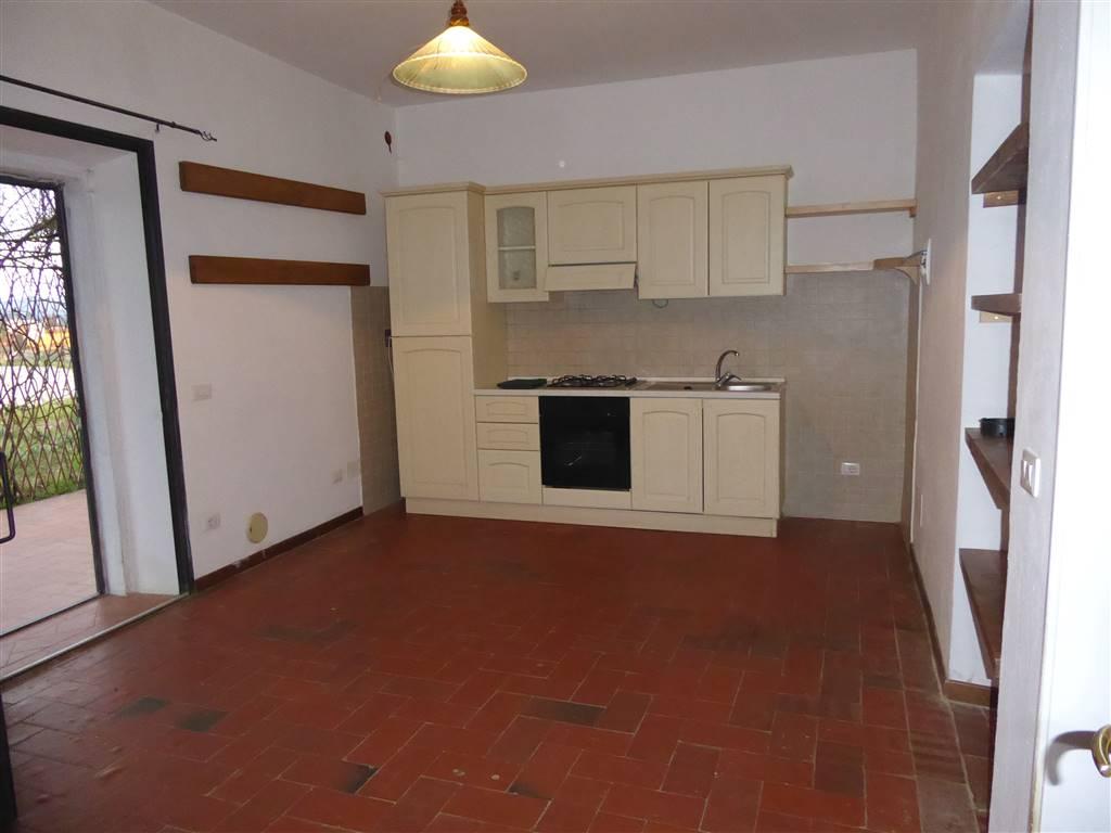 Rustico / Casale in affitto a Lastra a Signa, 3 locali, zona Località: LA LUNA, prezzo € 700 | Cambio Casa.it