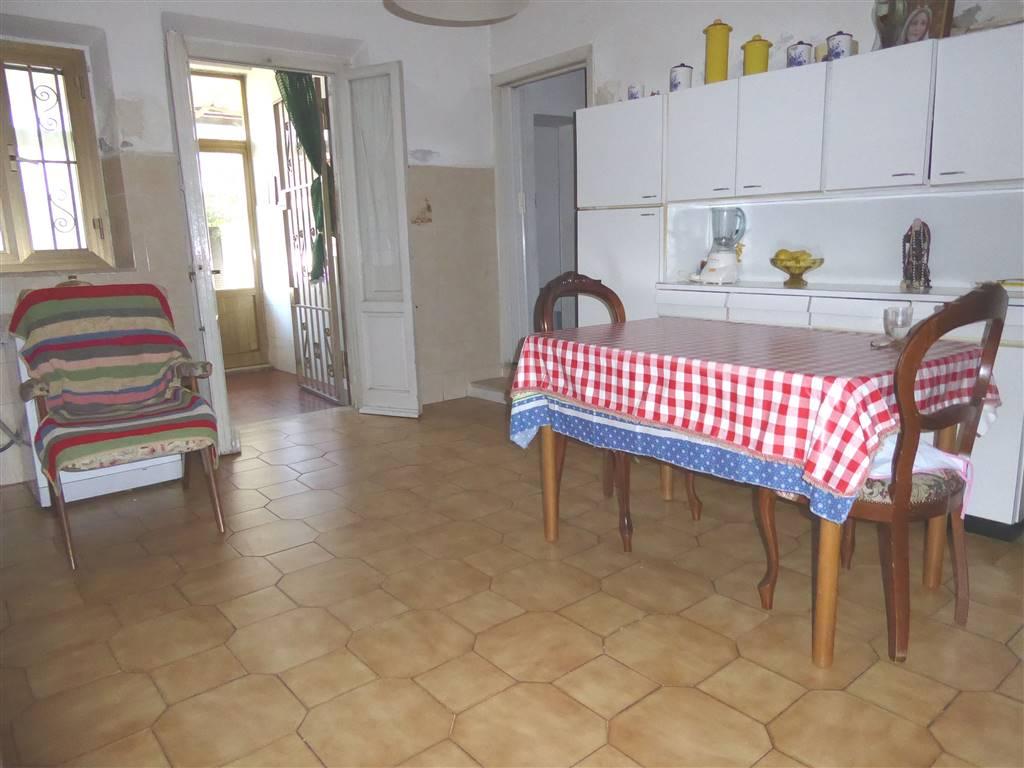 Soluzione Indipendente in vendita a Scandicci, 6 locali, zona Zona: Badia a Settimo, prezzo € 170.000 | CambioCasa.it