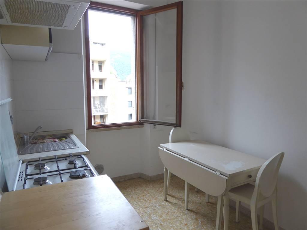 Appartamento in affitto a Prato, 3 locali, zona Zona: Centro storico, prezzo € 550 | Cambio Casa.it