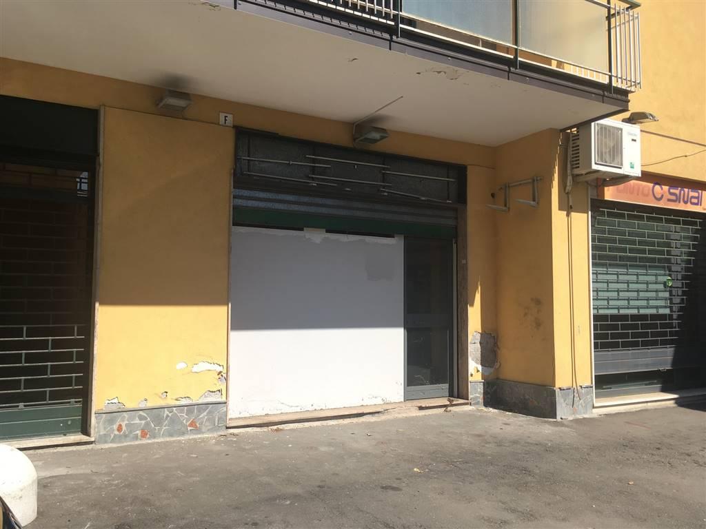 Negozio / Locale in affitto a Sant'Agata Li Battiati, 2 locali, prezzo € 450 | CambioCasa.it