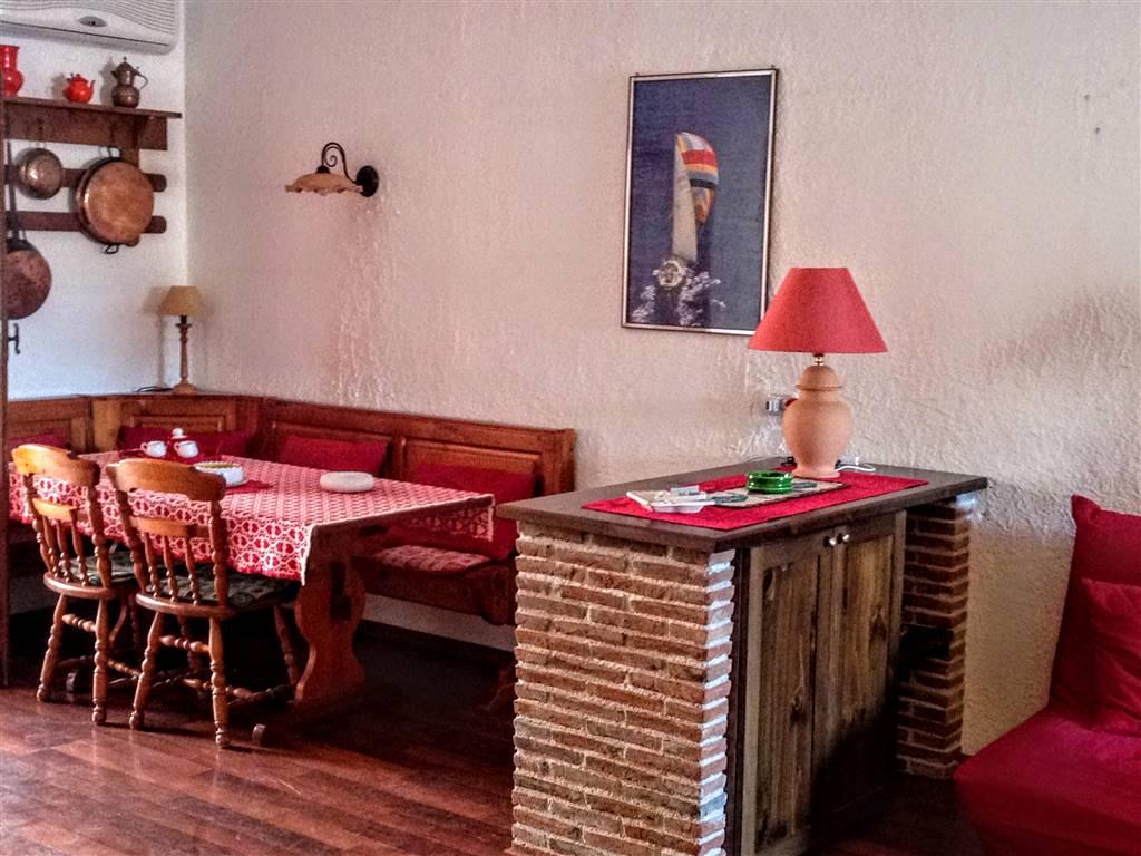 Appartamento in vendita a Giardini-Naxos, 2 locali, zona Località: RECANATI, prezzo € 145.000 | Cambio Casa.it