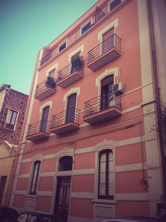 Appartamento in affitto a Catania, 3 locali, zona Località: PIAZZA LINCOLN, VULCANIA, prezzo € 500 | CambioCasa.it