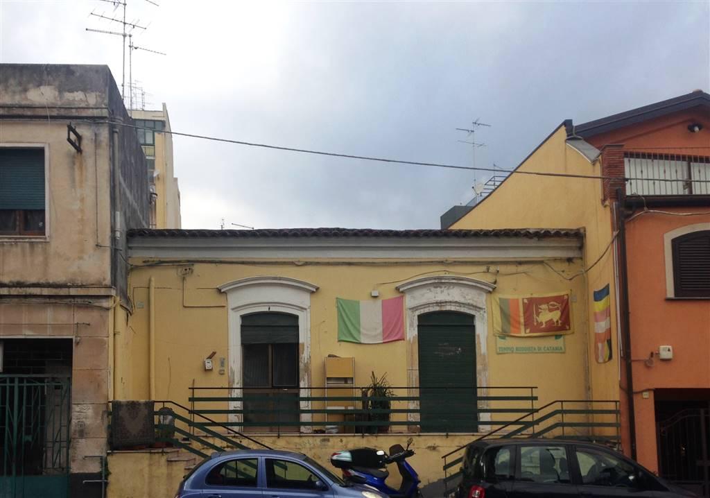 Palazzo-stabile Vendita Catania