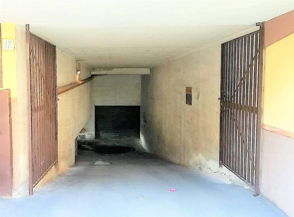 garage-Box-posto auto  in Affitto a Valverde