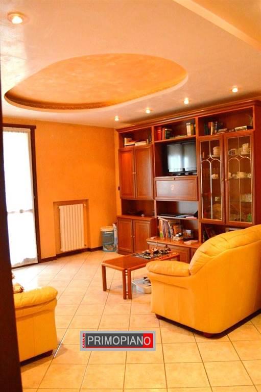 Appartamento in vendita a Bovolenta, 4 locali, prezzo € 98.000 | CambioCasa.it