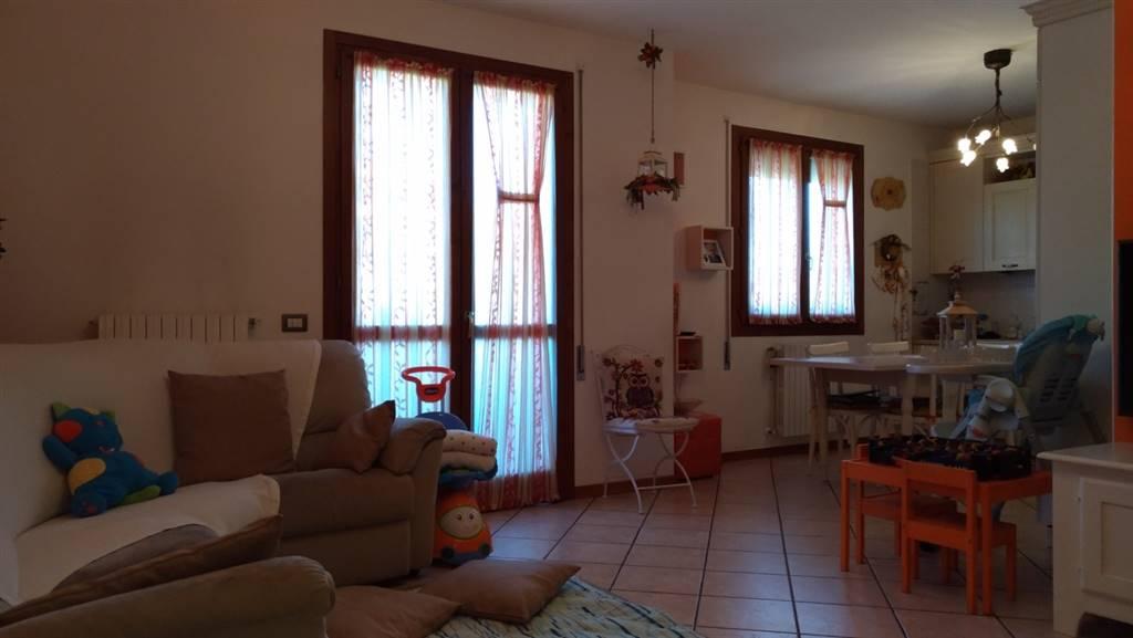 Appartamento in vendita a Arre, 5 locali, prezzo € 135.000 | CambioCasa.it