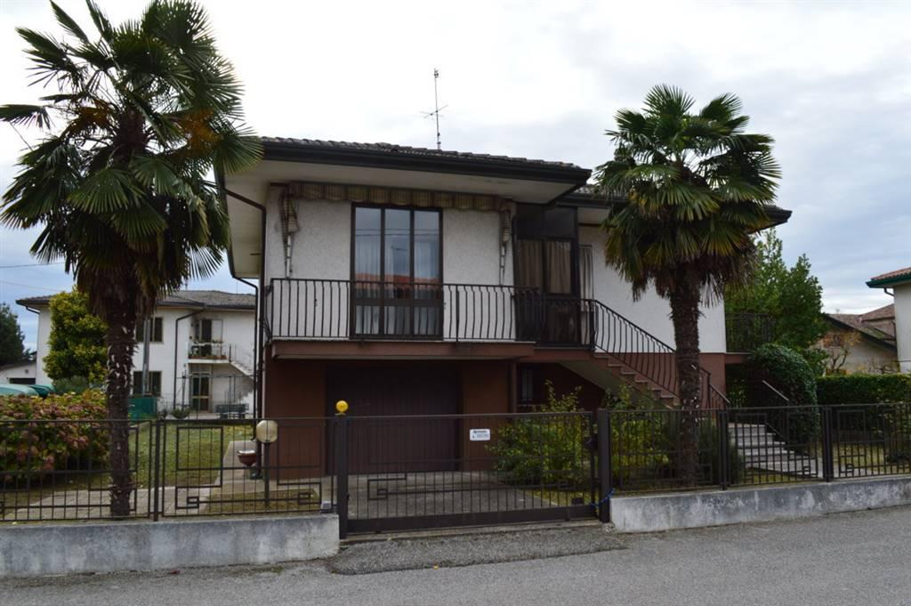 Soluzione Indipendente in vendita a Arre, 6 locali, prezzo € 139.000 | CambioCasa.it