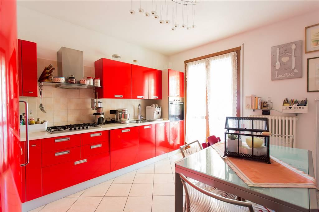 Cerca casa l 39 arte di abitare for Garage con planimetrie abitative