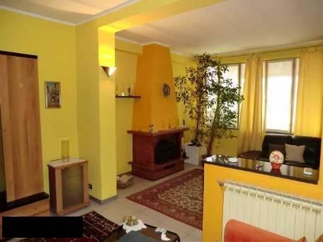 Villa in vendita a Montanaso Lombardo, 6 locali, prezzo € 230.000 | CambioCasa.it