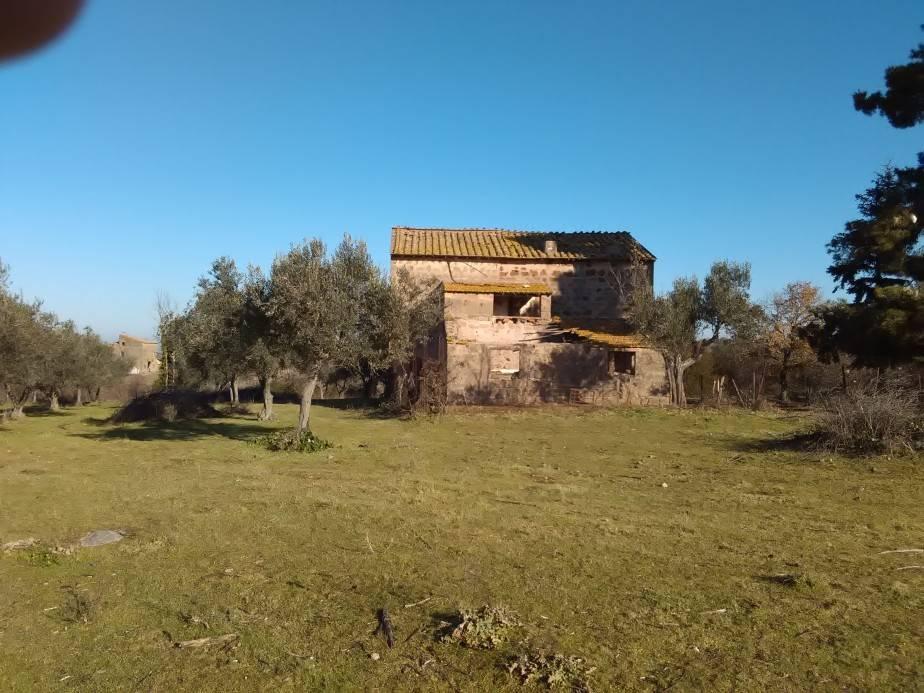 Rustico / Casale in vendita a Vetralla, 6 locali, Trattative riservate | Cambio Casa.it