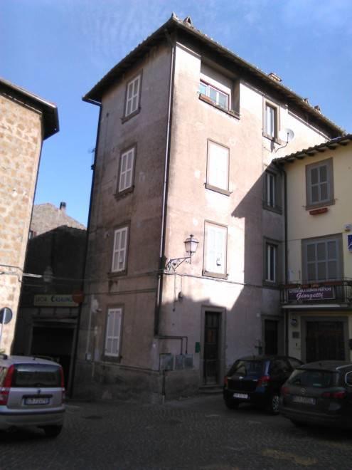Appartamento in vendita a Vetralla, 3 locali, prezzo € 45.000 | Cambio Casa.it