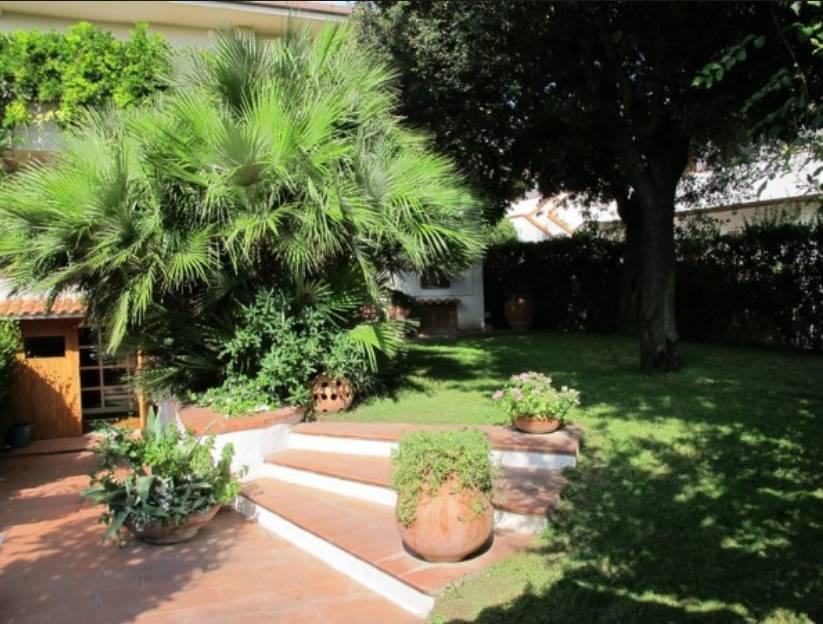 Villa in affitto a Montalto di Castro, 9 locali, prezzo € 1.000   Cambio Casa.it