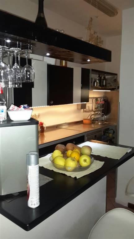 Appartamento in affitto a Vetralla, 6 locali, prezzo € 550 | CambioCasa.it