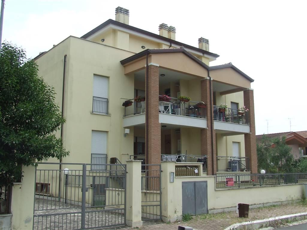 Attico / Mansarda in affitto a Sermoneta, 3 locali, zona Località: BIVIO DI DOGANELLA, prezzo € 550   CambioCasa.it
