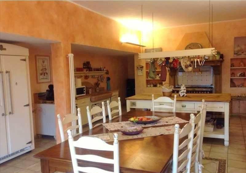 Villa in vendita a Riccò del Golfo di Spezia, 9 locali, zona Zona: Polverara, prezzo € 550.000 | CambioCasa.it